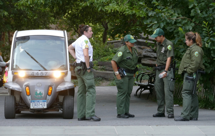 Parks Enforcement Patrol Officers And A Sergeant Outside Teardrop Park In Battery City Photo Carl Glassman Tribeca Trib
