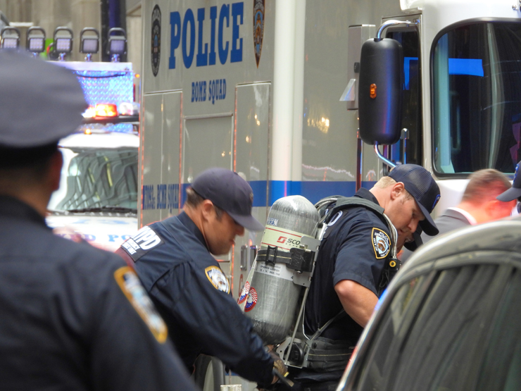 Rice Cookers That Prompted Bomb Scare in Subway Investigated as 'Hoax Devices'